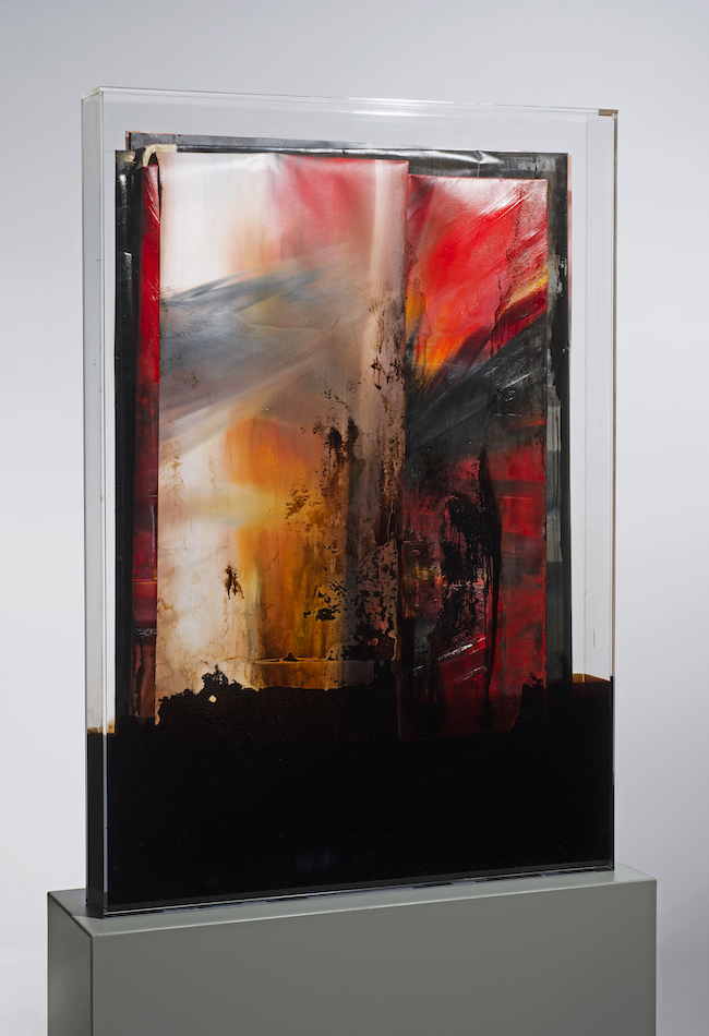 faltung_bitumen-Faltung_Bitumen Nr. 16-Öl auf Leinwand und Bitumen im Plexiglasbox - 132 x 92 x 12 cm - 2018